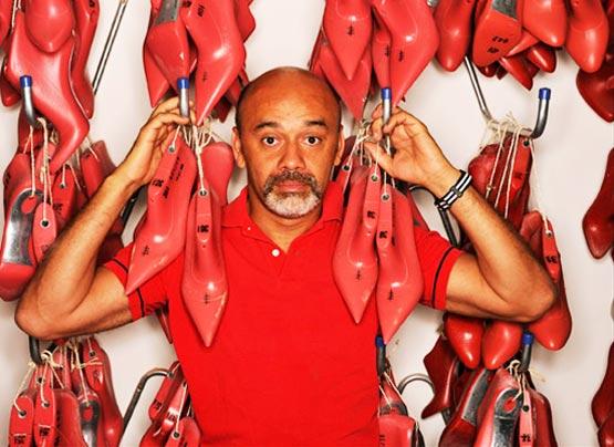 Christian Louboutin, sapatos, sola vermelha