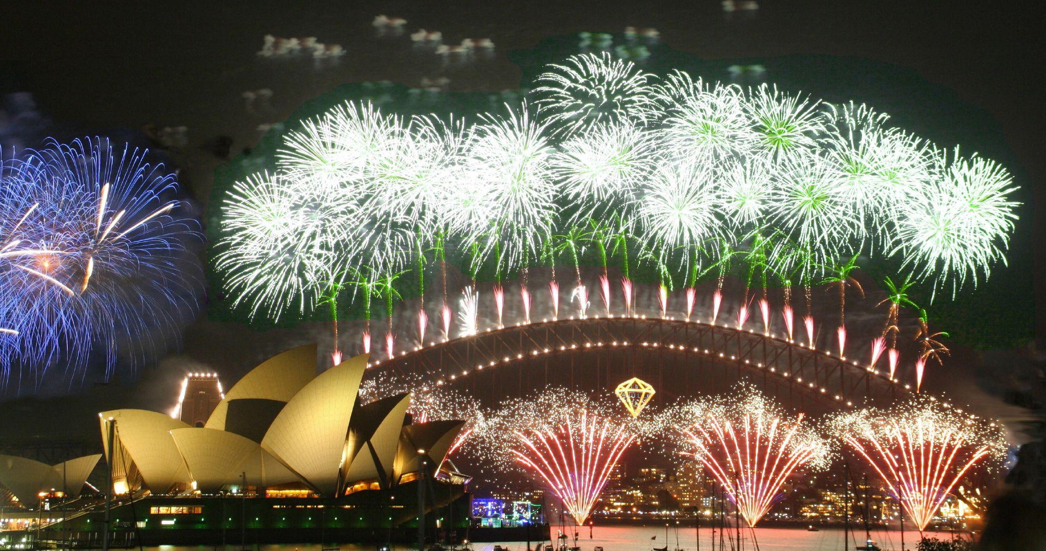 Navio, Ano Novo, Fogos, Costa Diadema, Giovana Quaglio, Tripulante, sydney, australia