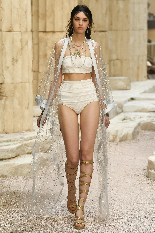 chanel, grécia, desfile, resort, 2017, 2018, paris, fotos, detalhes, look, modelos,